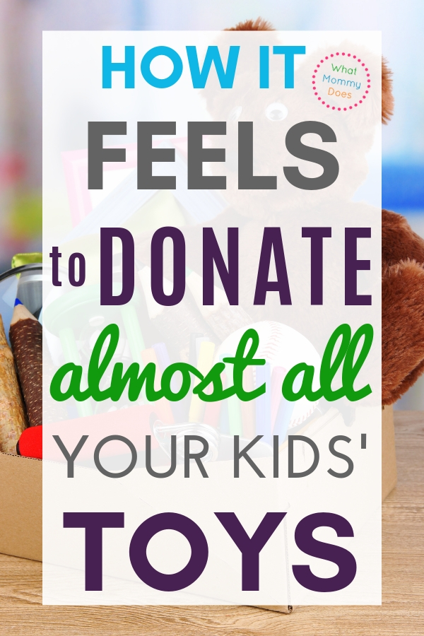 This is my story of how I got up my motivation to get rid of our toys!! It feels so good to declutter the toys from our house!! We made the kids donate toys right before Christmas…if you do this, the before and after will AMAZE you! | how to to declutter, ideas for families #mom #decluttering