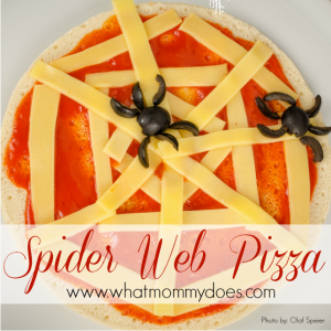 Kid-Friendly Halloween Food: Spider Web Pizza