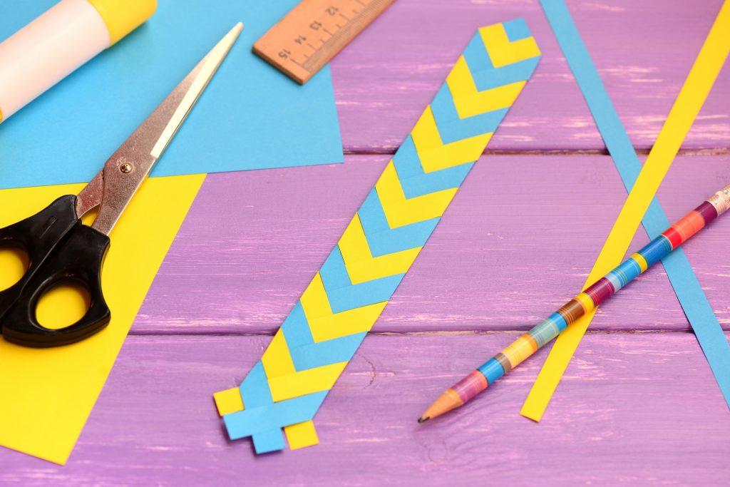 DIY bookmark craft easy for kids