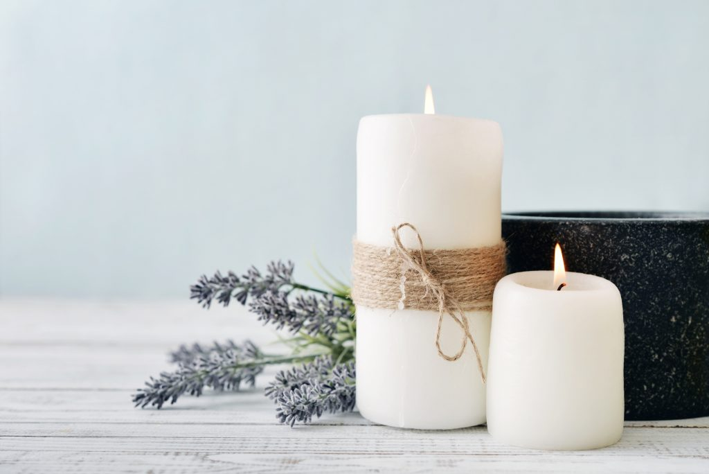 DIY essential oil candles - one of the best ideas for a school sales