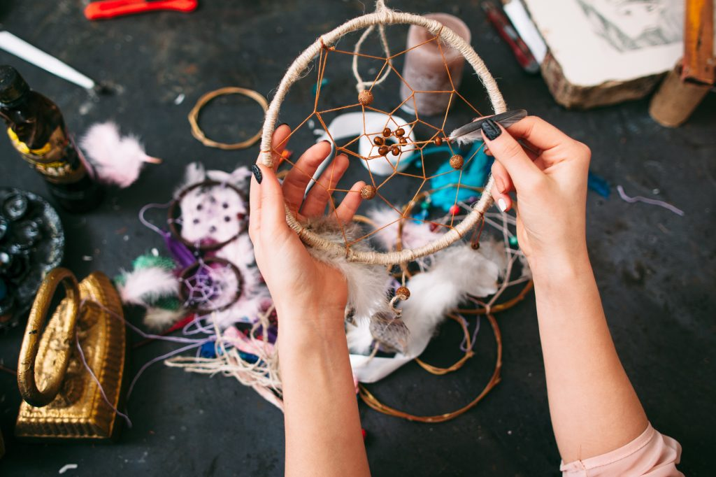 DIY dream catcher are really cool things to make